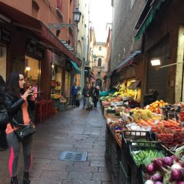 vendors and cafes in all the alleys